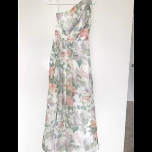 Maxi floral bridesmaids dress!